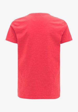 PETROL INDUSTRIES T-SHIRT - Print T-shirt - imperial red