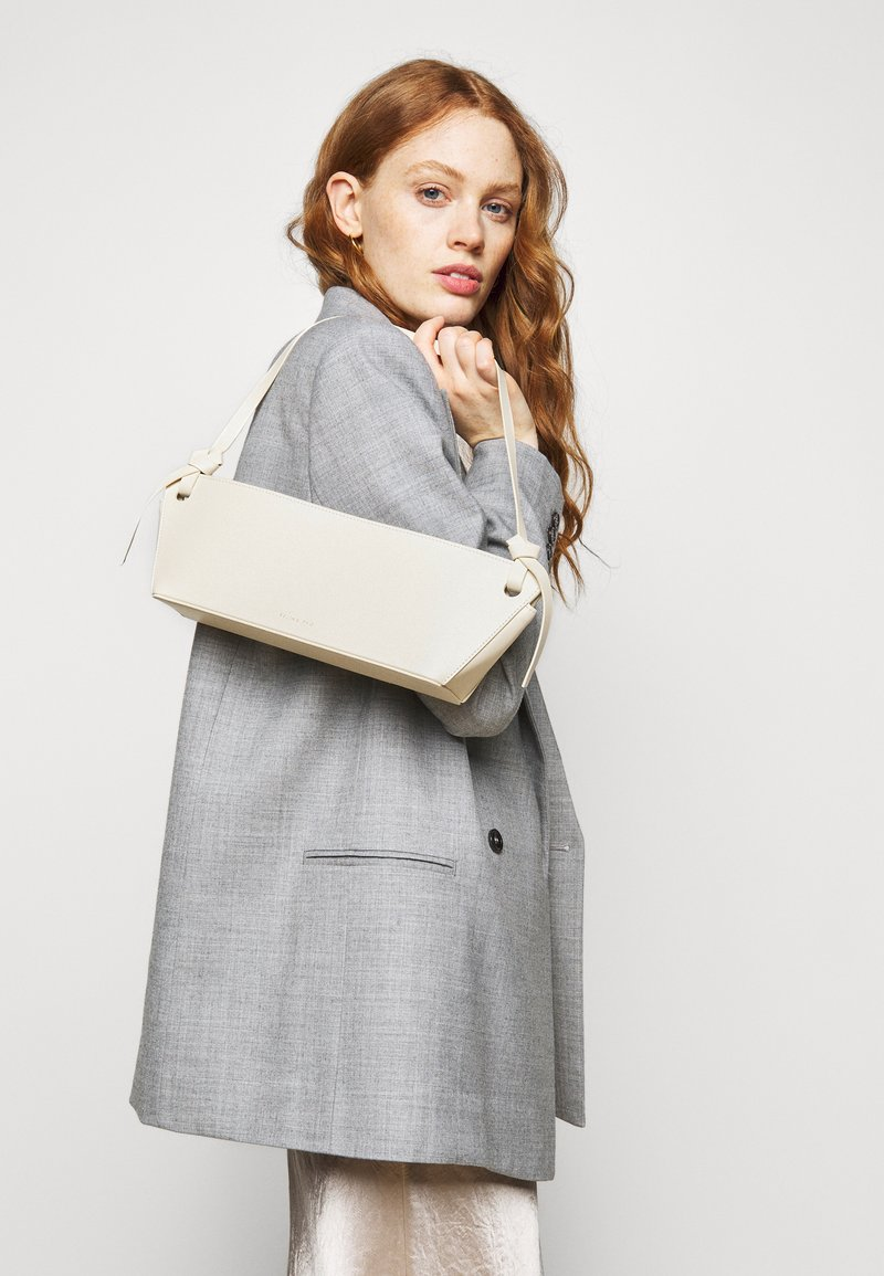 Rejina Pyo - RAMONA BAG - Handbag - ivory