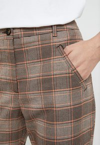 Fiveunits - ANGELIE - Trousers - plaza - 4