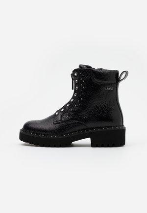 PINK  - Støvletter - black