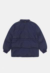 Mini Rodini - POLAR BEAR PATCH PUFFER UNISEX - Winter coat - navy - 2