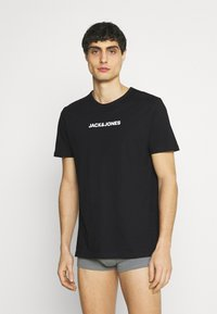 Jack & Jones - JACRAIN TEE 3 PACK - Pyjama top - black - 1