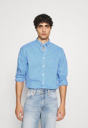 BROADCLOTH GINGHAM - Overhemd - strong blue