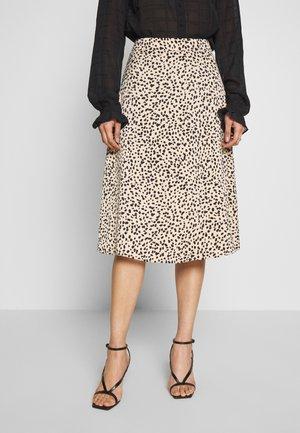 A-line skirt - cashew