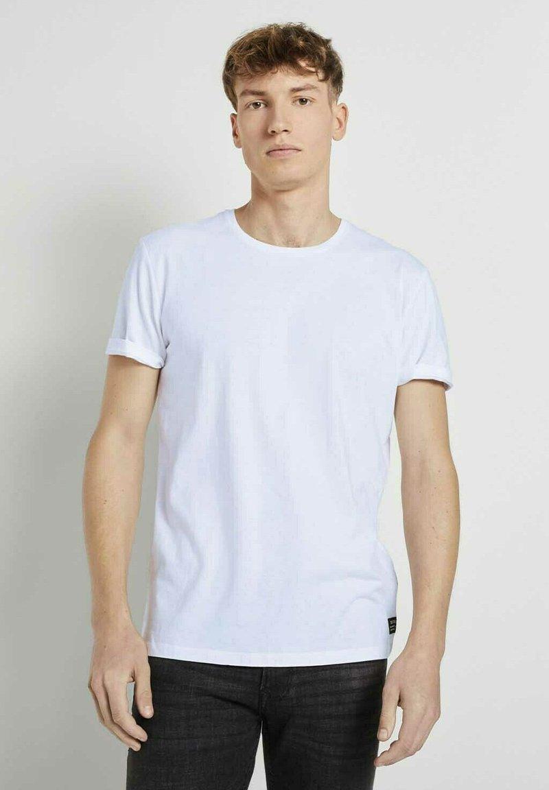 TOM TAILOR DENIM - Basic T-shirt - white