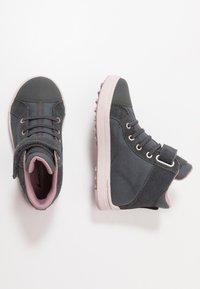 Viking - LEAH MID GTX - Hiking shoes - dark grey/dusty pink - 0