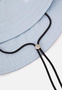 Mennace - SUNDAZE FISHERMAN HAT - Hat - sky blue - 2