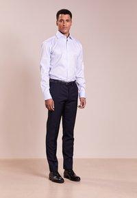 HUGO - VERALD REGULAR FIT - Formal shirt - pastel blue - 1