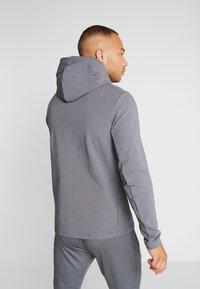 Nike Performance - TOTTENHAM HOTSPURS TECH PACK HOODIE - Klubbkläder - flint grey/blue fury - 2