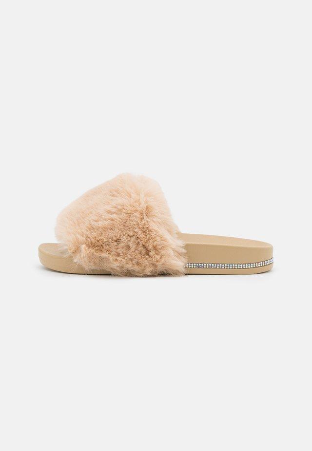 REGAL - Sandaler - nude