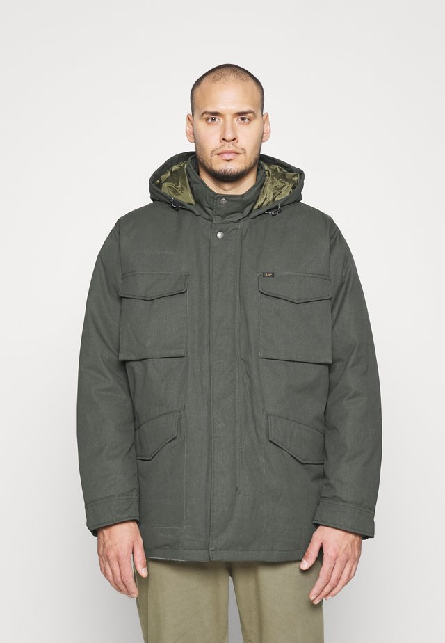 FIELD JACKET - Winter coat - serpico green