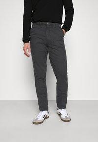 Mennace - STRAIGHT PAINTERS PANT - Kalhoty - charcoal - 0