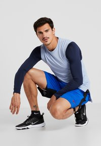Nike Performance - DRY SHORT HYBRID - Sports shorts - game royal/black/habanero red - 1