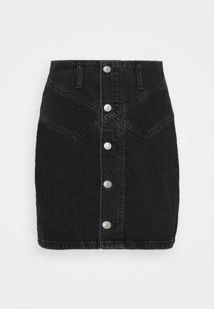 BUTTON YOKE SKIRT - Minijupe - washed black