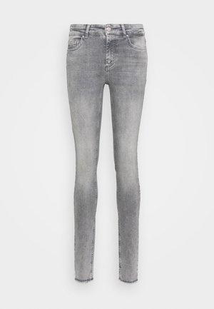 ONLBLUSH LIFE - Skinny džíny - grey denim