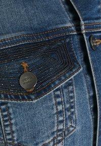 Steffen Schraut - CATSKILLS GLAM  - Denim jacket - blue denim - 2