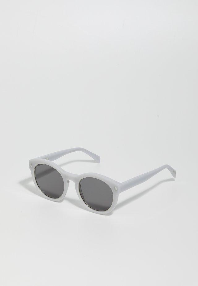 RENSKÄR - Solglasögon - dust/black flat