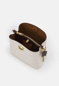 Coach - WILLOW BUCKET BAG ADJUSTABLE - Handbag - chalk/multi - 2