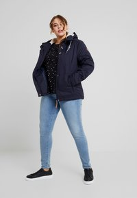 Ragwear Plus - MALINA HEARTS BUTTON BACK TEE - Long sleeved top - black - 1
