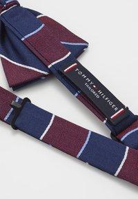Tommy Hilfiger - STRIPE BOWTIE - Bow tie - red - 2