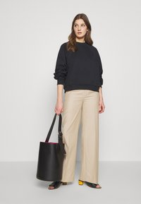 BLANCHE - MAY PANTS - Trousers - lavender fog - 1