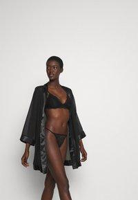Cotton On Body - IVY TANGA BRIEF 3 PACK - Thong - black/cream/black - 4