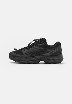 XT-WINGS 2 UNISEX - Trainers - black/magnet