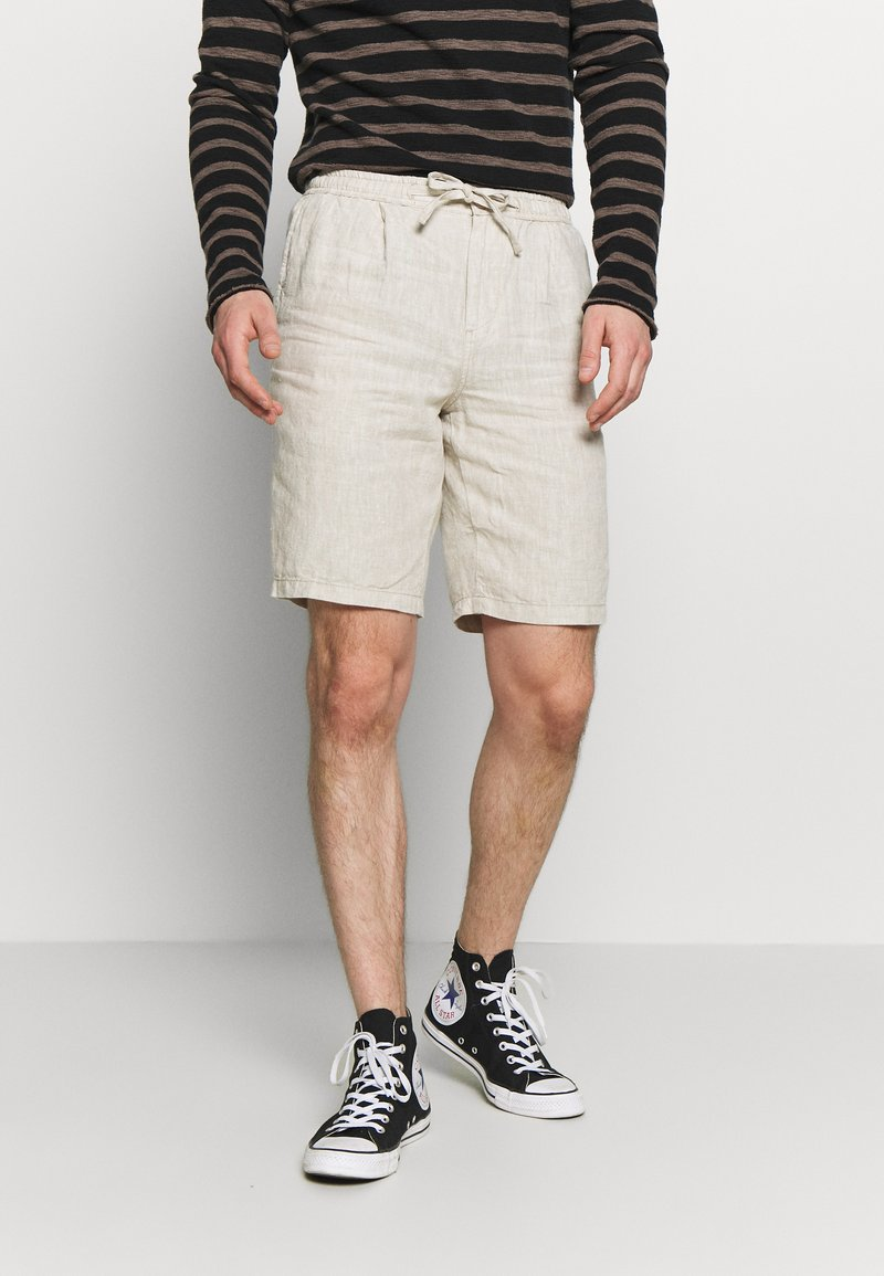 Knowledge Cotton Apparel - BIRCH LOOSE HEAVY - Shorts - beige