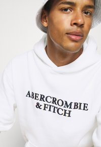 Abercrombie & Fitch - Sweatshirt - white - 3
