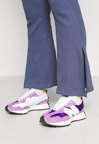 New Balance - Baskets basses - deep violet - 3