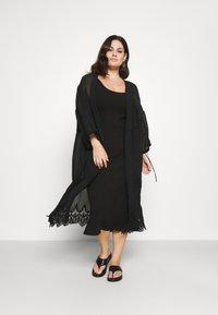 Selected Femme Curve - SLFNANNA STRAP DRESS - Jersey dress - black - 1