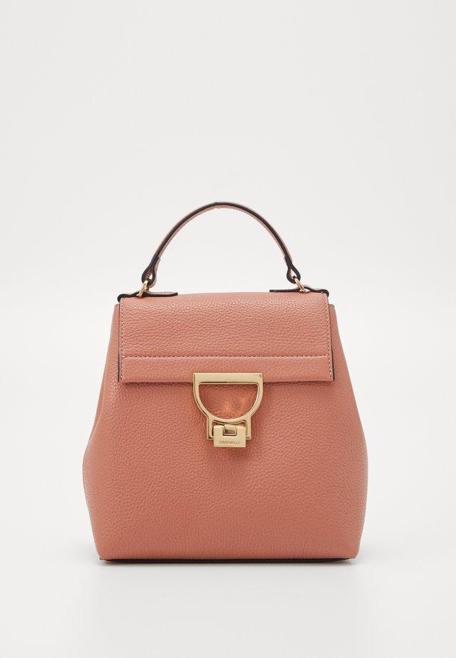 ARLETTIS - Handtasche - litchi