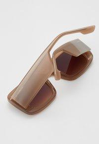 Komono - AVERY - Sunglasses - sahara - 2