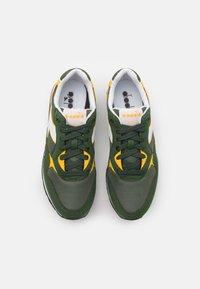 Diadora - UNISEX - Zapatillas - green military - 3