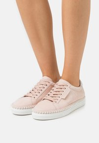 Kennel + Schmenger - COSMO  - Sneakers laag - baby rose - 0
