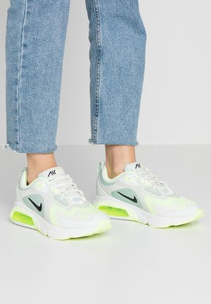 AIR MAX 200 - Sneakersy niskie - pistachio frost/black/spruce aura/summit white/barely volt