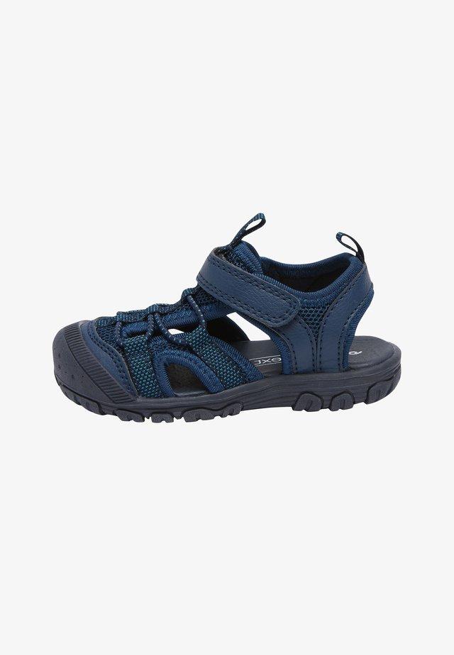 KHAKI BUMP TOE TREKKER SANDALS (YOUNGER) - Chodecké sandály - blue