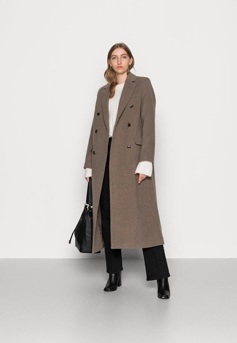 Samsøe Samsøe - COAT - Classic coat - taupe