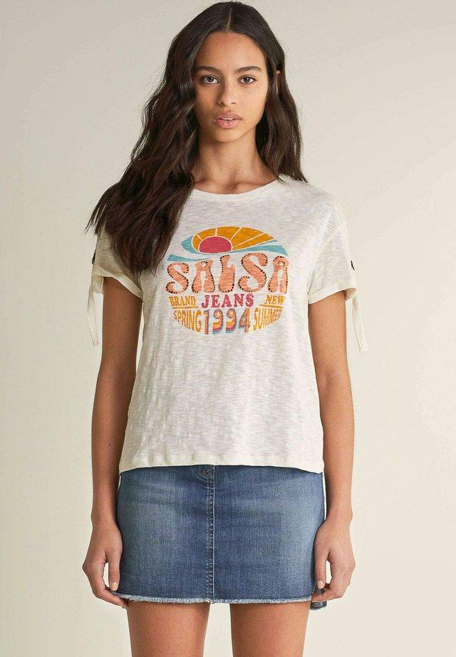 SAMARA REGULAR - T-shirt imprimé - beige