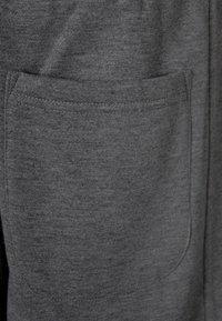 Urban Classics - SWEATPANTS SP. - Tracksuit bottoms - grey - 2