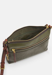 Fossil - FIONA - Across body bag - green - 2