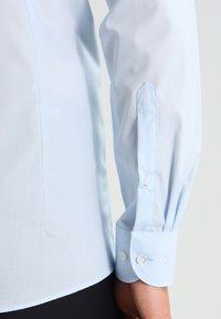 OLYMP Level Five - OLYMP LEVEL 5 BODY FIT - Koszula biznesowa - bleu - 4
