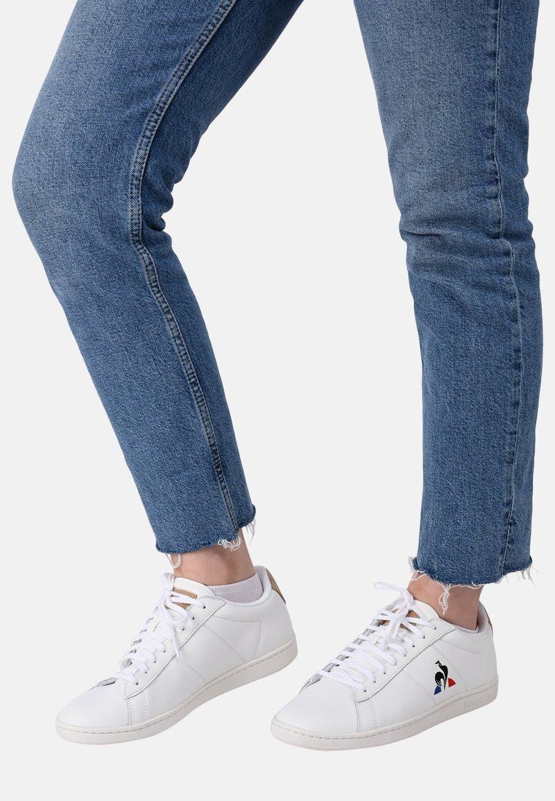 le coq sportif - COURTSET - Sneakersy niskie - white