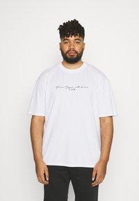 Edwin - NAZO CHEST TS - Print T-shirt - white - 0