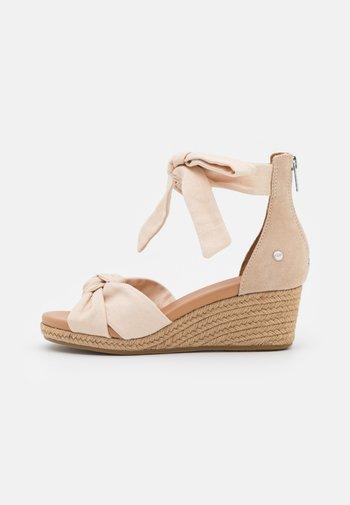 YARROW - Platform sandals - natural