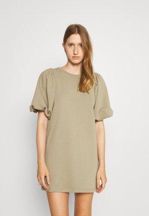 MINA DRESS - Denní šaty - sage