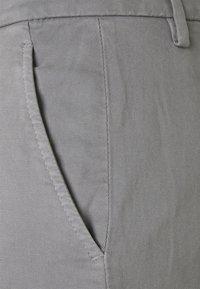 Dondup - PANTALONE GAUBERT - Trousers - grey - 2
