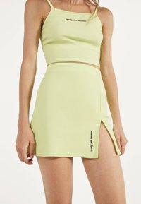 Bershka - KURZER BLEISTIFTROCK 00585019 - A-line skirt - neon yellow - 3