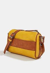 Esprit - MINNESOTA  - Across body bag - brass yellow - 3