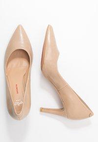 PERLATO - Classic heels - jamaica naturel - 3